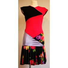 Zhannete rojo floral skirt + Mosaica rosa top